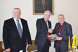 Pasaulio liuteronų sąjungos prezidentas vyskupas dr. Munibas Younanas (dešinėje)
