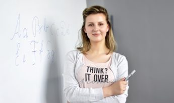 """Studentė Aida Staputytė: """"Norint nesuklysti renkantis specialybę, reikia skirti laiko savianalizei""""."""