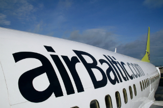 airbaltic-lektuvai