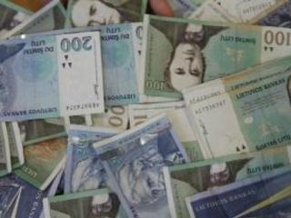 lt-pinigai