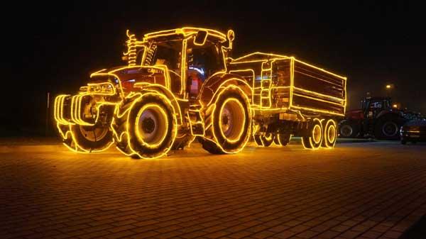 traktorius-girlianda