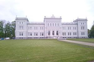 Penki įspūdingiausi dvarai Lietuvoje