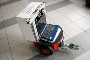 Mechanikos inžinieriai šiandien: projektuoja ir automobilius, ir robotus
