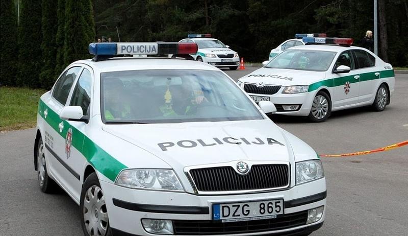 Policija stiprina patruliavimą ir padės žmonėms, lankantiems artimųjų kapus