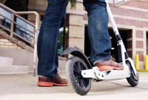Pagrindinės taisyklės elektrinių paspirtukų, mopedų bei kitų dviračių priemonių vairuotojams (atmintinė)