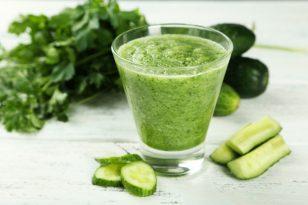 Žaliasis daržo karalius – agurkas: suteikia ir atgaivą, ir naudą organizmui