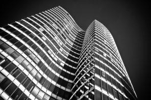 Lietuvos bankas ragina Seimą priimti sprendimą dėl būsto ir automobilių mokesčio įvedimo