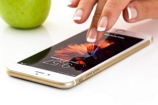 """Dviguba išmaniojo telefono apsauga: lengva pasidaryti – sunku """"nulaužti"""""""