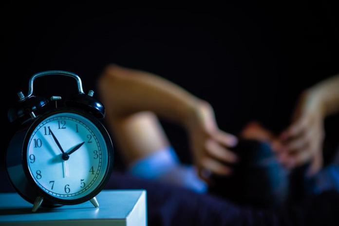 Miego apnėja ir nemiga: kada bemiegės naktys tampa grėsme sveikatai?